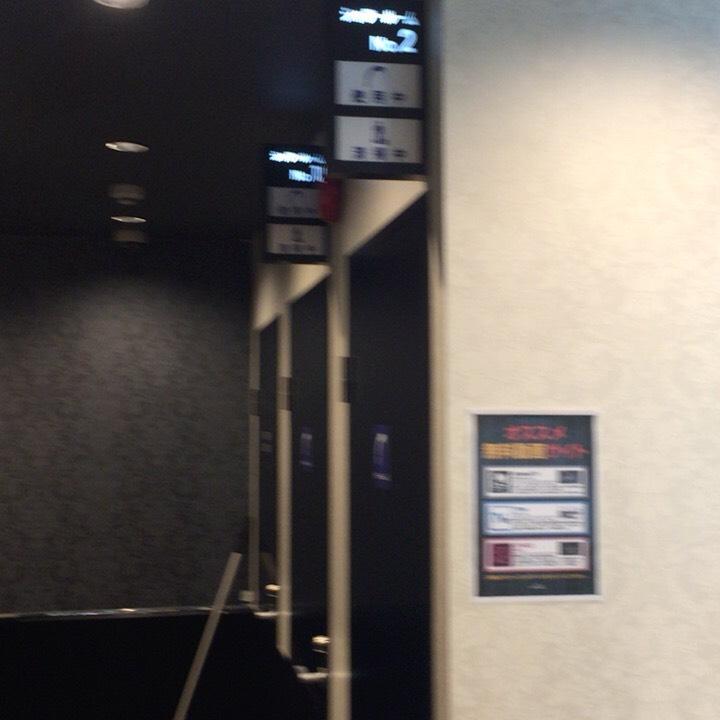 個室ビデオDVD鑑賞ボックスの様子 シャワールーム