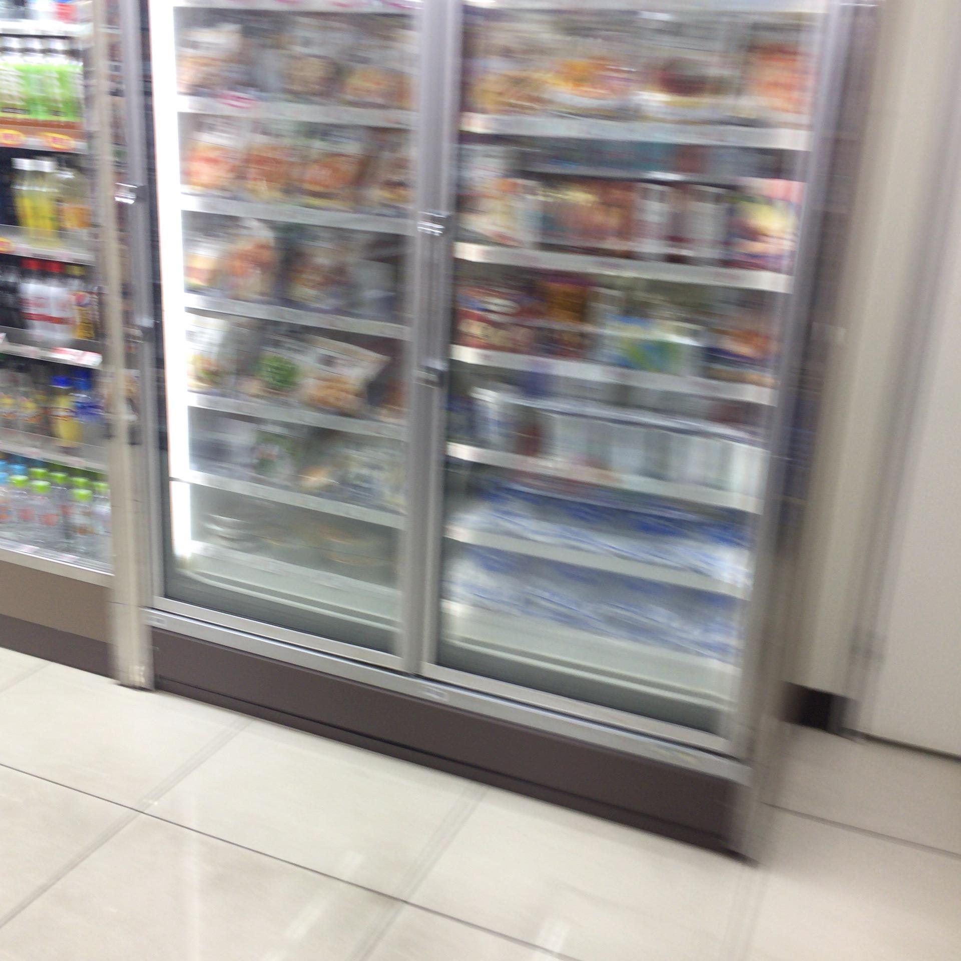 冷蔵コーナー