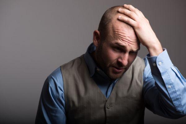 ハゲで悩み中…薄毛で気をつけることとは?